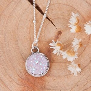 White Opal druzy pendant dainty necklace! 🆕💸💕🤤